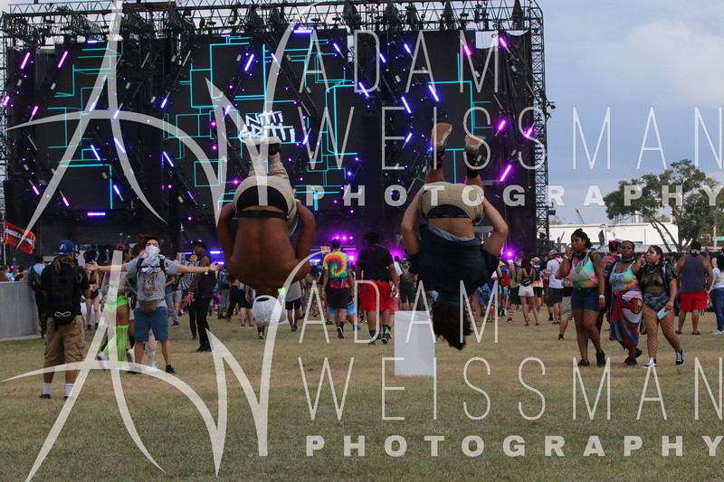 Saturday Crowd Photos at EDC Orlando 2018