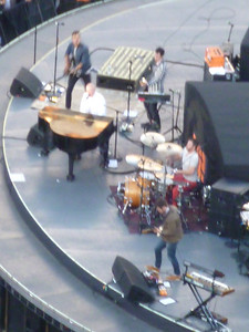 The Fray performs.