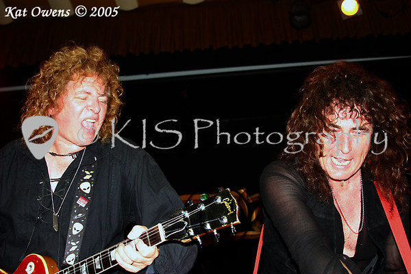 Dave Meniketti and Phil Kennemore, Mystic Theatre, November 12, 2005