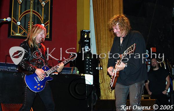 John Nymann & Dave Meniketti, Mystic Theatre, November 12, 2005