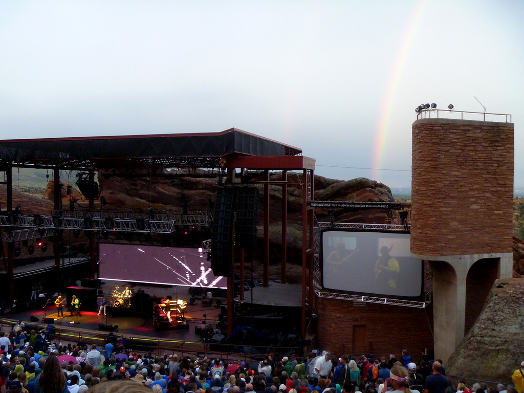 Yes onstage and rainbow.