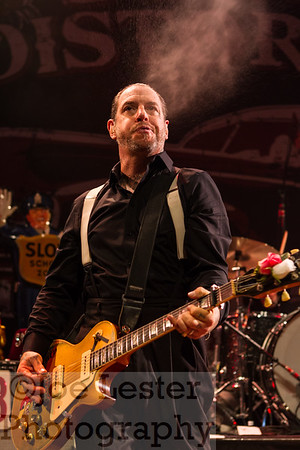 Mike Ness/SOCIAL DISTORTION blowin' off some steam at the Hollywood House of Blues Residency 2013.