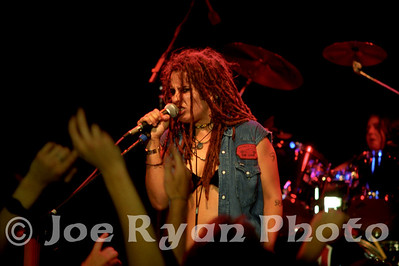 Linda Perry and the 4 Non Blondes June 15, 1993 Theatre of the Living Arts, Philadelphia