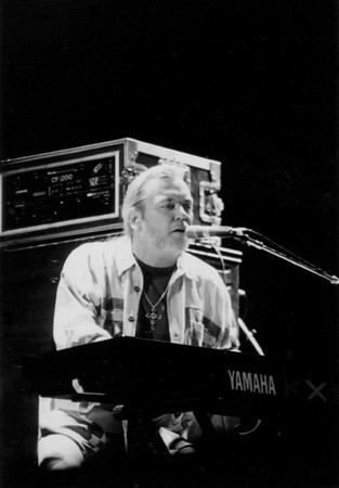 Greg Allman with the Allman Brothers Band<br /> Mann Music Center, Philadelphia<br /> August 28, 1994
