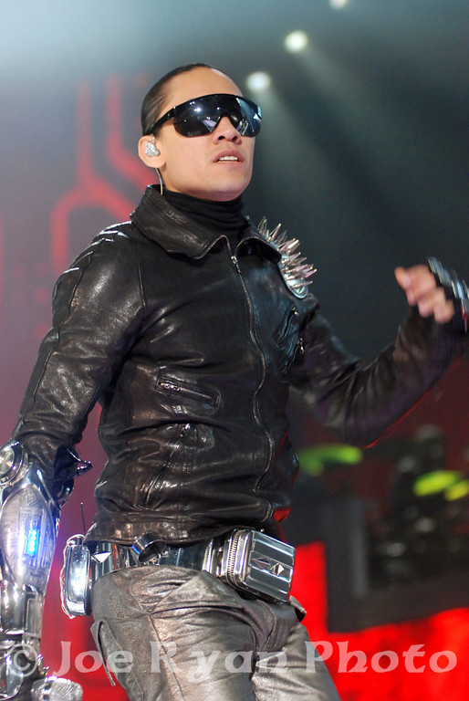 Taboo of the Black Eyed Peas<br /> Boardwalk Hall, Atlantic City, NJ<br /> August 7, 2010