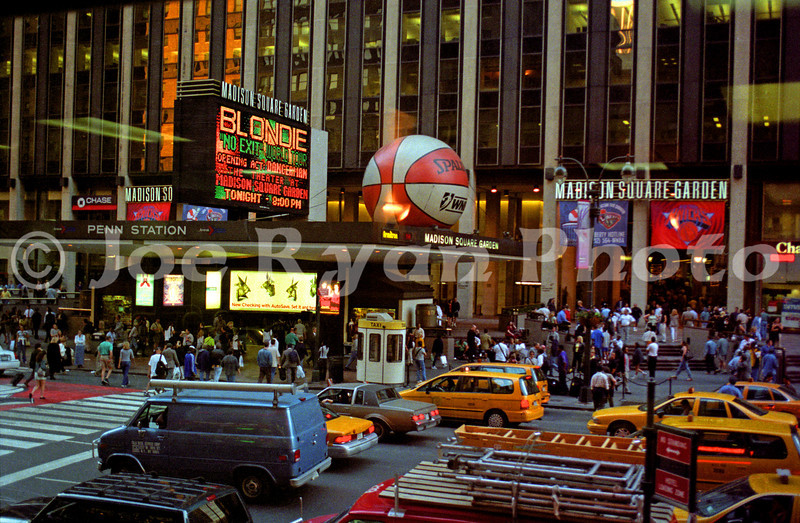 The marque at Madison Square Garden for Blondie's concert<br /> June 10, 1999
