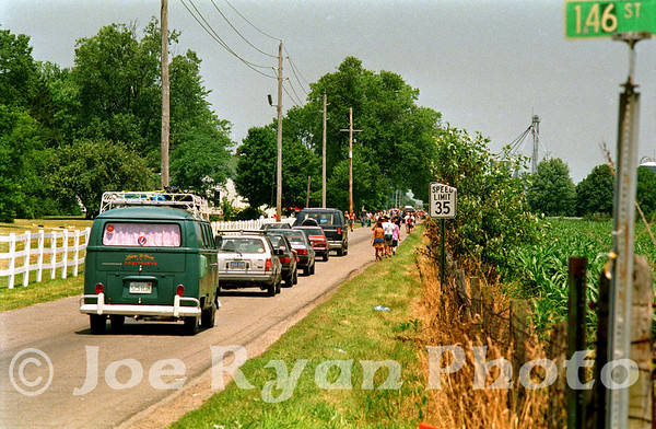 Fans being turned away from the canceled Grateful Dead show<br /> Deer Creek Music Center<br /> Noblesville, IN<br /> July 3, 1995