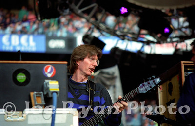 Phil Lesh tuning up Grateful Dead Giants Stadium June 6, 1993