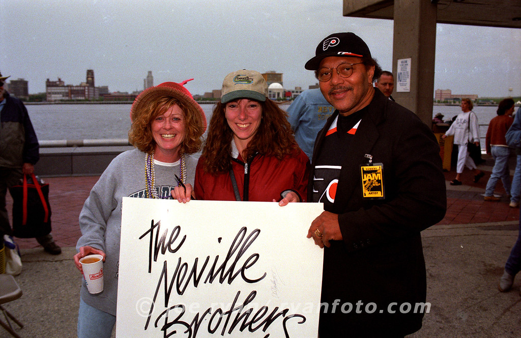 """Art Neville poses with 2 fans at the """"Jam on the River"""" festival<br /> Penns Landing, Philadelphia, PA<br /> May 27, 2000"""