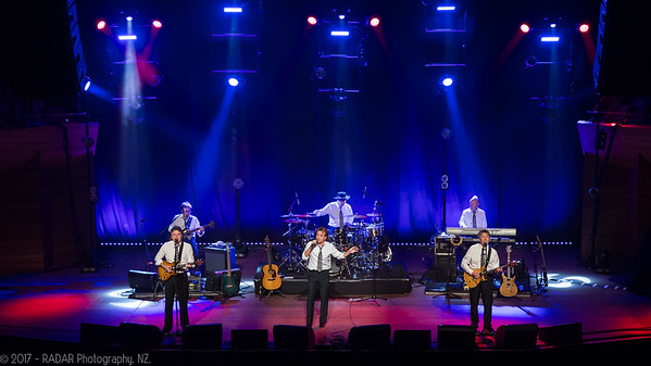 The-Hollies-Wellington-20170224-16