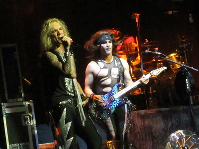 Steel Panther Centre Bell 06-10-14 (7)