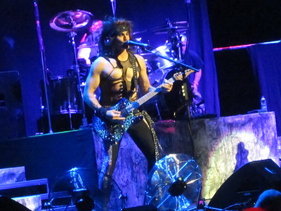 Steel Panther Centre Bell 06-10-14 (14)