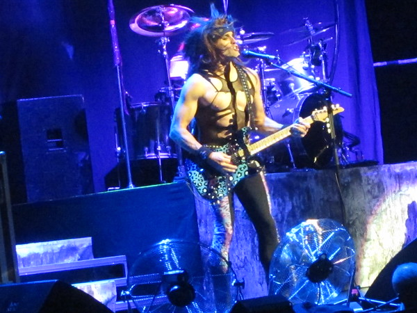 Steel Panther Centre Bell 06-10-14 (13)