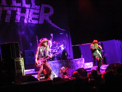 Steel Panther Centre Bell 06-10-14 (12)