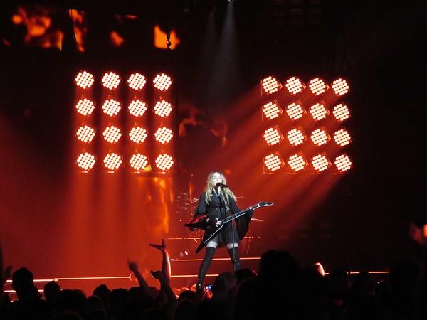 Madonna Centre Bell 09-09-15  (16)