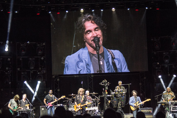 Daryl Hall and John Oates Centre Bell 21-06-16 (67)