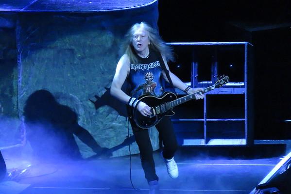 Iron Maiden Centre Bell 01-04-16 (8)