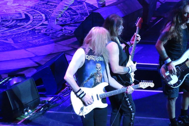 Iron Maiden Centre Bell 01-04-16 (16)