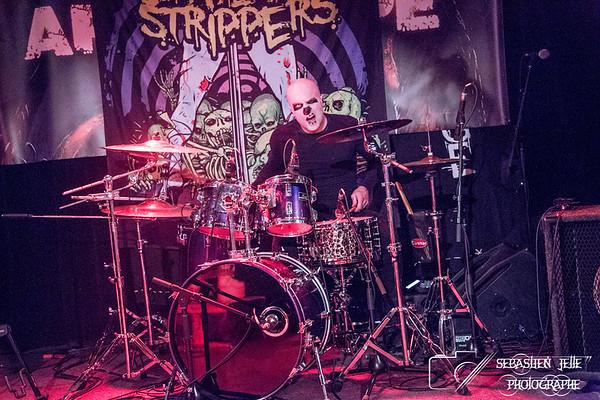 Graveyard Strippers Petit Campus 10-03-17