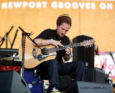 "John Butler performing ""hands on"" at the 2007 Newport Folk Festival, Rhode Island"