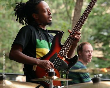 Yohannes Tona, Kevin Gastonguay