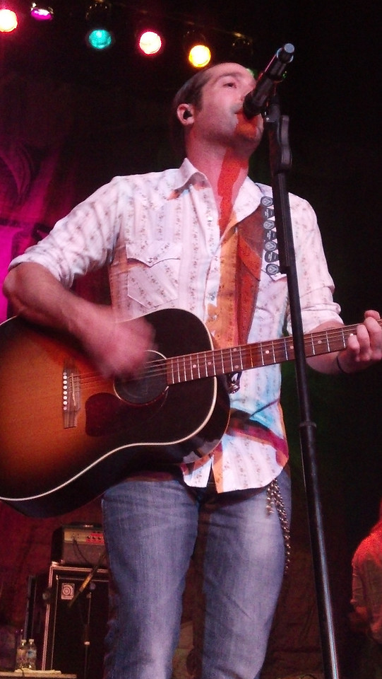 Josh Thompson w/Chris Cavanaugh ~ 'Jagermister' tour stop in Dixon, IL