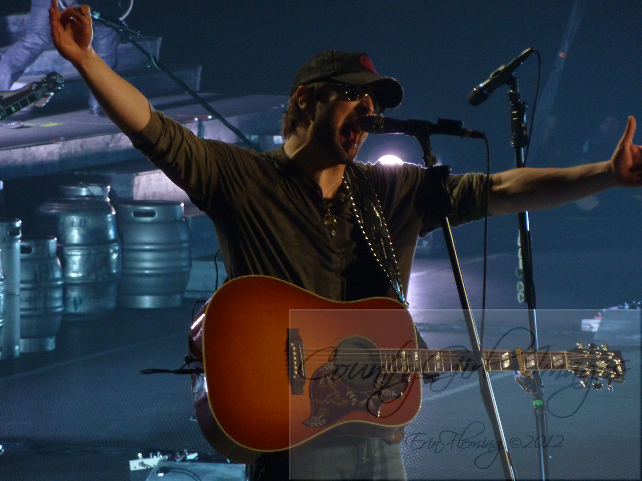 Eric Church w/Brantley Gilbert ~  'Blood, Sweat & Beers' tour stops in Hoffman Estates, IL
