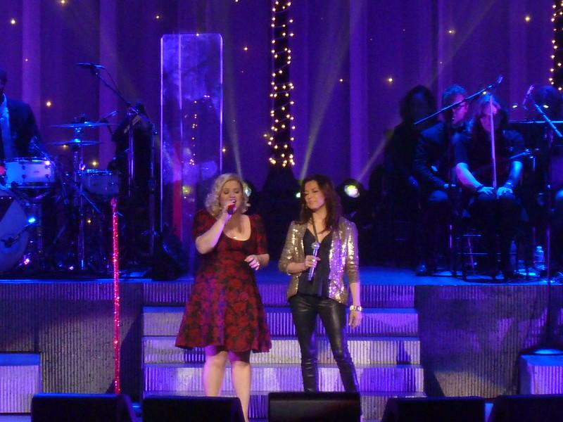 Martina McBride w/Kelly Clarkson