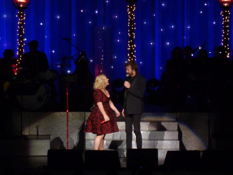Ronnie Dunn w/Kelly Clarkson