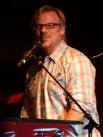 Phil Vassar ~ Rockford, IL ~ 9/2/12