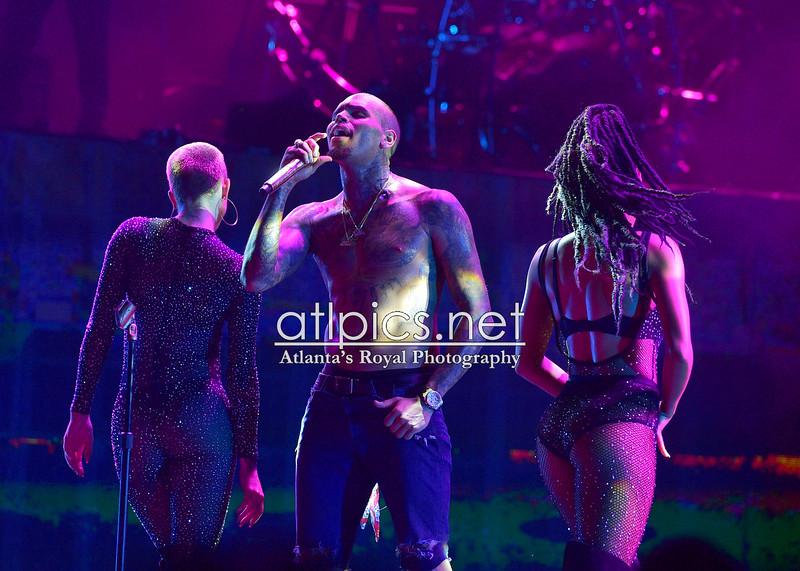 9.5.15 CHRIS BROWN: ONE HELL OF A NIGHT TOUR
