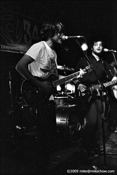 The Perfect Trend live at Pub 340, November 7, 2009.