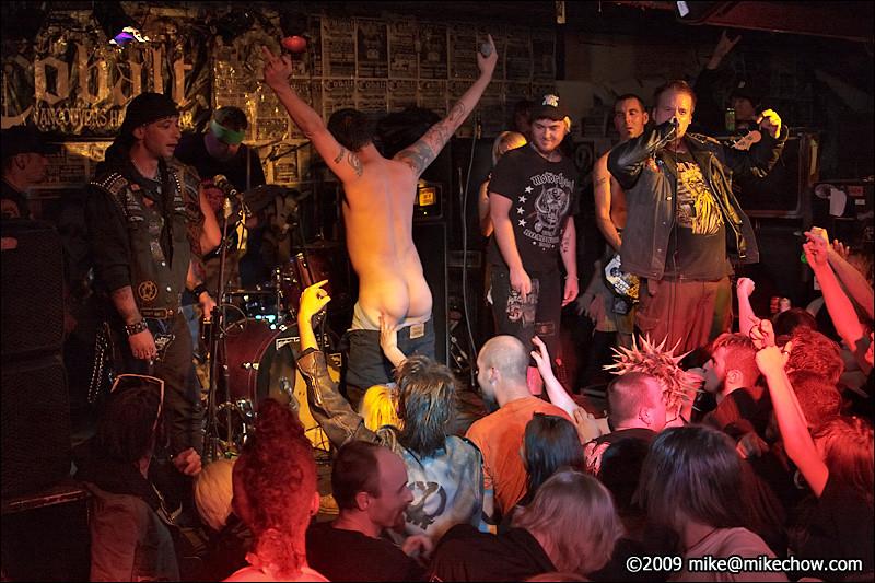 Alcoholic White Trash live at The Cobalt, September 27, 2009. The last big show at The Cobalt.