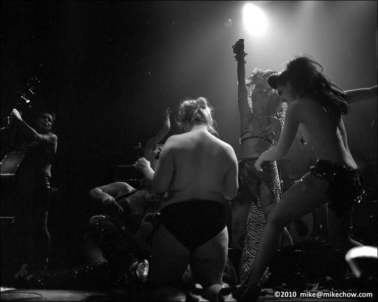 Big John Bates and the Voodoo Dolls live at The Rickshaw Theatre, February 5, 2010.