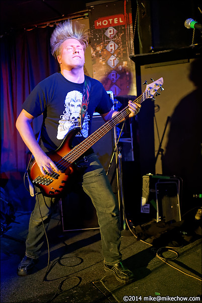 Soulsucker live at Pat's Pub, Vancouver BC, November 14, 2014.