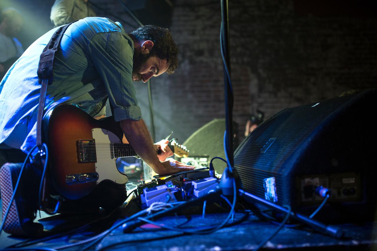 photog@atomiqueproductions.com password: s0und0fmusic
