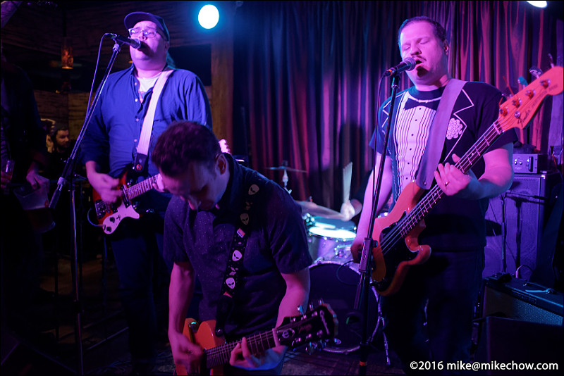 The Binz live at Falconetti's, Vancouver BC, December 31, 2016.