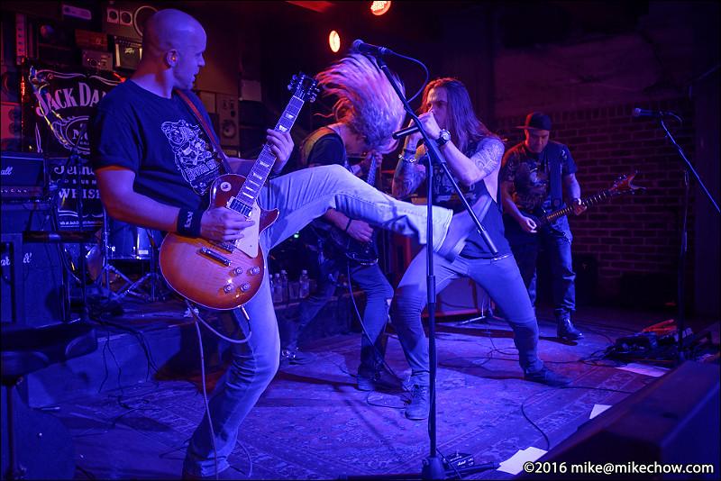 Mob Machine live at Studio Records, Vancouver BC, November 5, 2016.