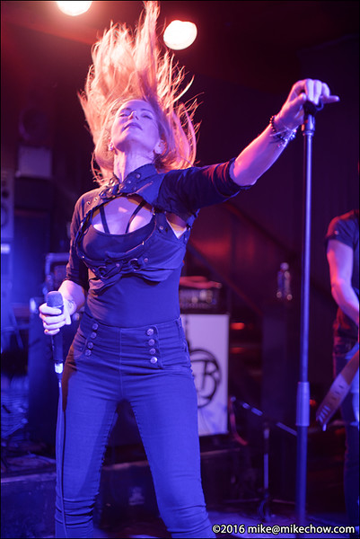 Falling for Scarlet live at Studio Records, Vancouver BC, November 5, 2016.