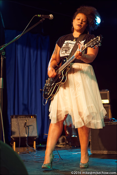 Lexi Marie live at the WISE Hall, Vancouver BC, May 20, 2016.