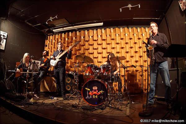 Alchemy Chamber live at Seven Dining Lounge, Vancouver BC, January 14, 2017.