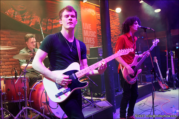 The Vidos live at The Roxy, Vancouver BC, February 16, 2017.