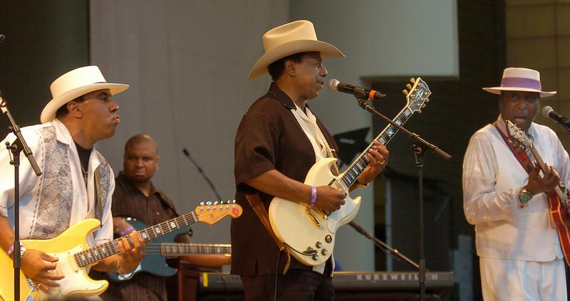 Chicago Blues Festival<br /> June 6, 2008<br /> <br /> West Side Strut Lonny Brooks, Jimmy Johnson, Ronnie Baker Brooks, Otis Clay , and Billy Branch
