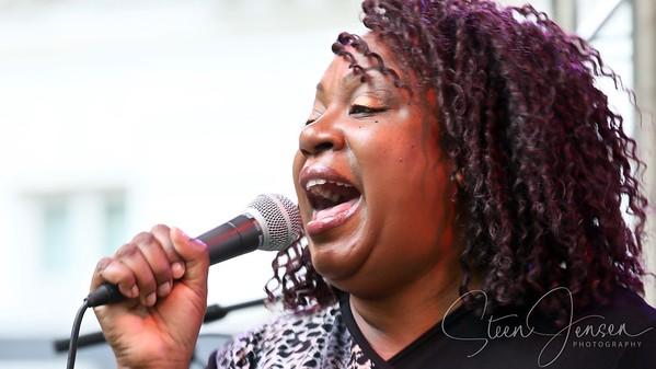 Samantha-Antoinette; Blues and Jazz Orchestra; (UK);