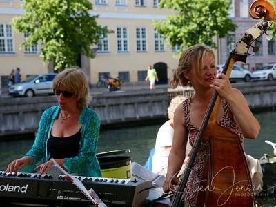 Sophisticated Ladies; (DK);