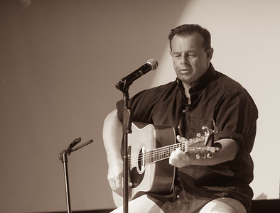 Sammy Kershaw at Tift Theatre, with Danny Dawson.