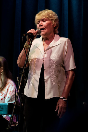 A special guest, Kathy Ludlow,  came on stage to sing a sweet song.