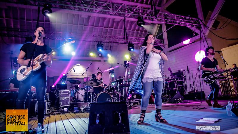 Natasha Owens performing at SonRise Music Festival VA Beach, VA 5-21-16; photo by Annette Holloway Photography