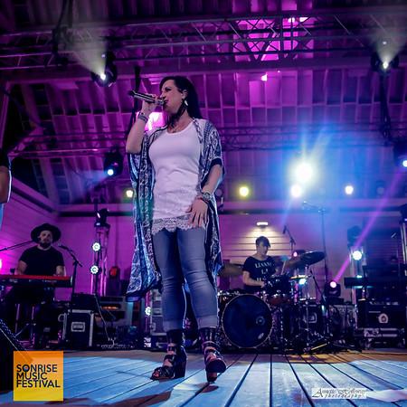 Natasha Owens at SonRise Music Festival Friday at VA Beach, VA 4-28-17; photo by Annette Holloway Photography