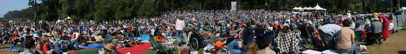 HSB Crowd Panorama